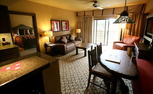 7 days 39 til wdw picking the perfect disney hotel what 39 s - 2 bedroom villa animal kingdom kidani ...
