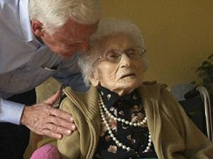rahasia hidup wanita tua di dunia