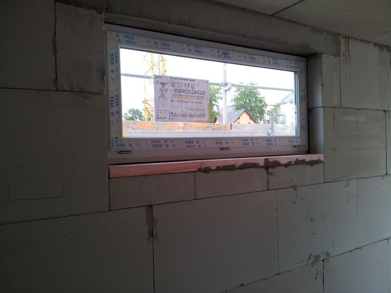 Bautagebuch familie fiedler fast alle fenster eingebaut for Garagenfenster kunststoff