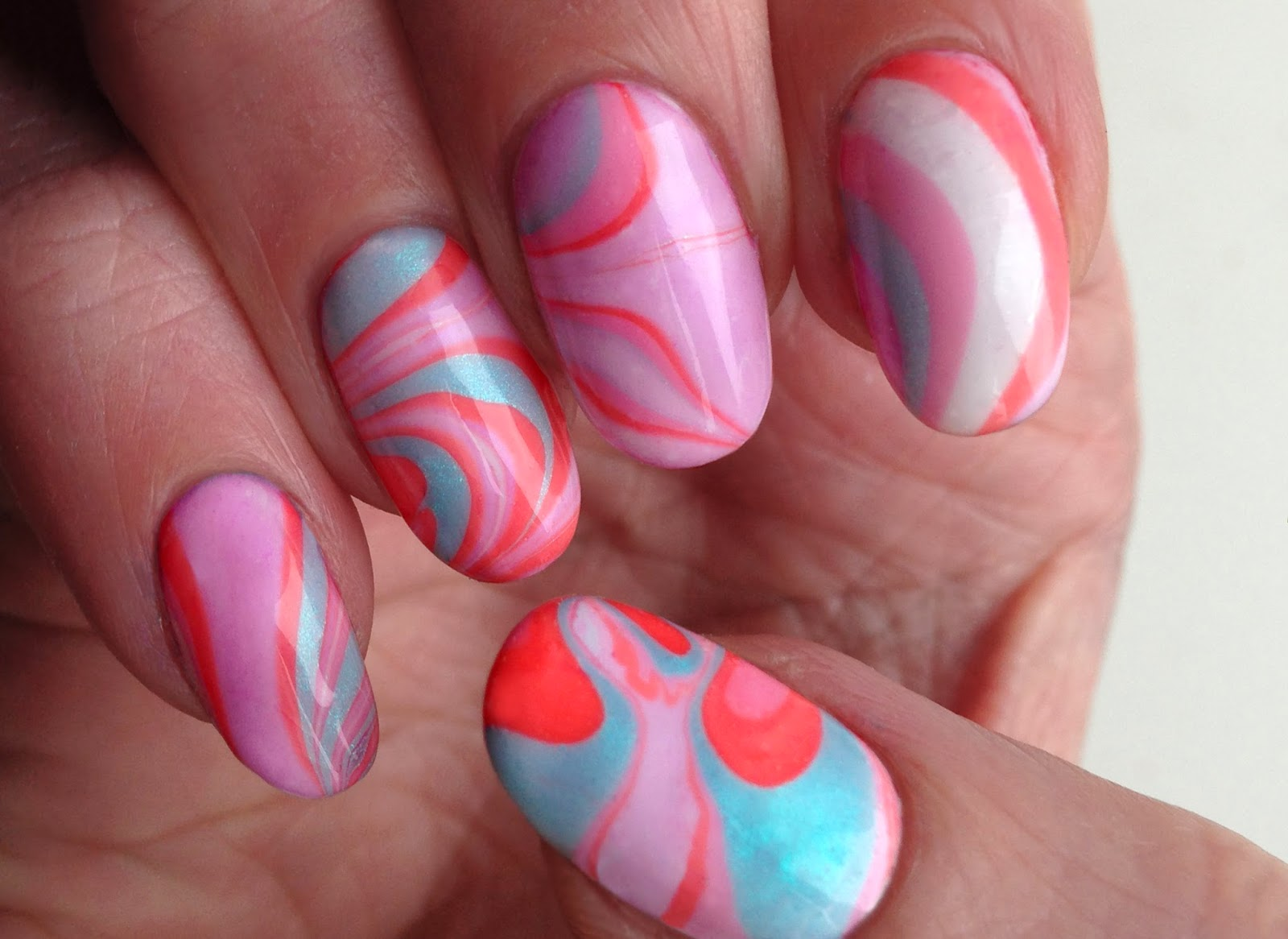 Nail Art Design Water Marble Easter Spring