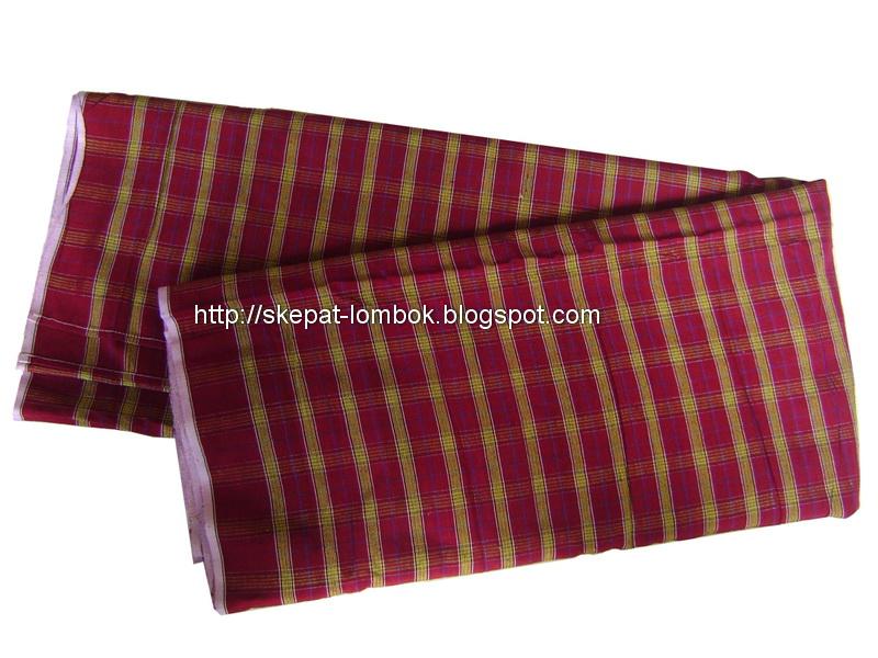lombok hand weaving artist