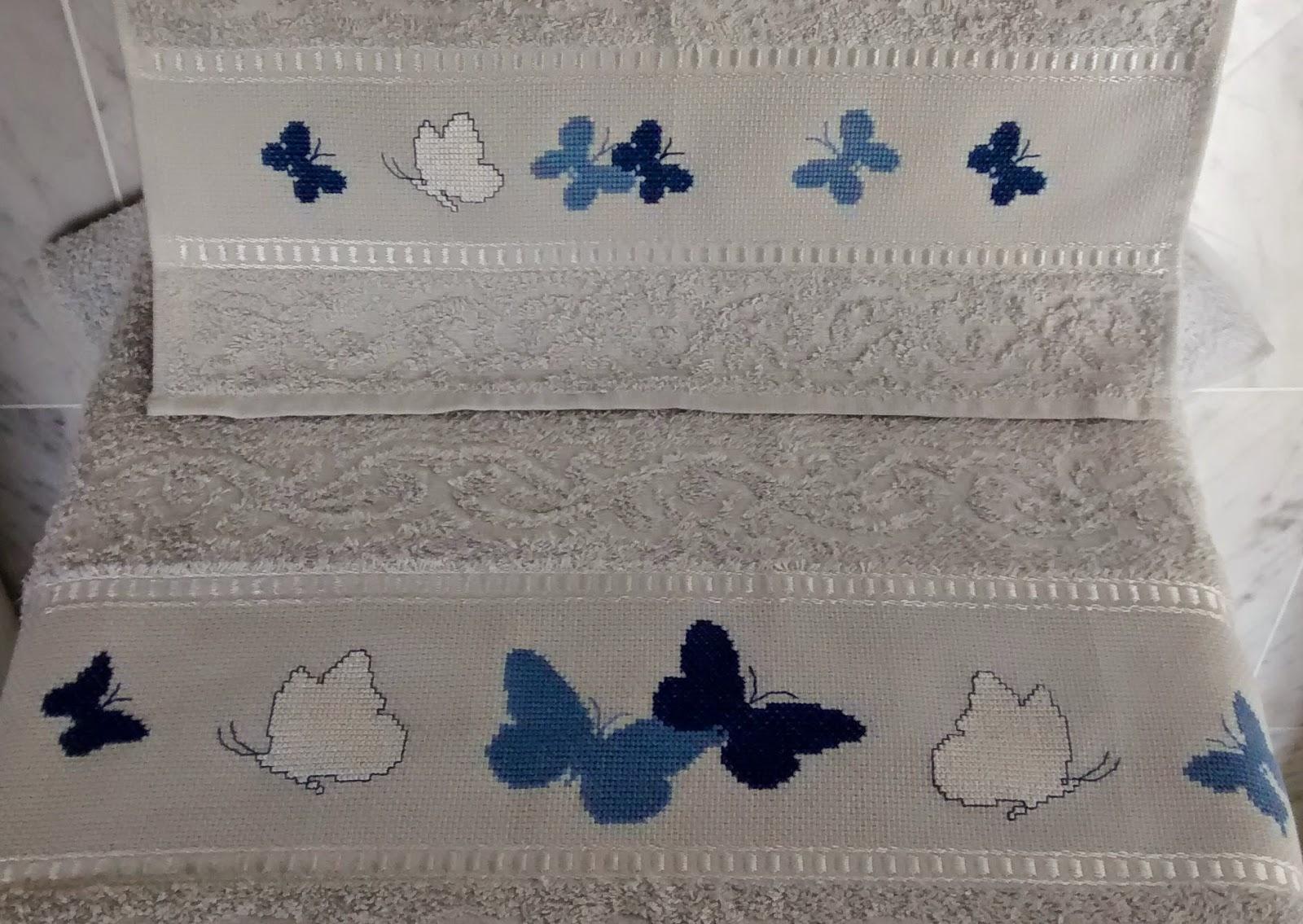 Le creazioni di roberta punto croce feltro e fantasia for Schemi punto croce farfalle
