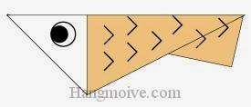 Bước 11: Vẽ mắt, vẽ vây cá để hoàn thành cách xếp con Cá cơm bằng giấy origami đơn giản.