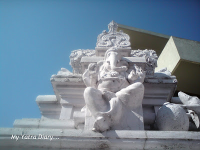A beautiful carving of Lord Ganesha forms a part of the Dayananda Ashram Temple Architecture in Rishikesh