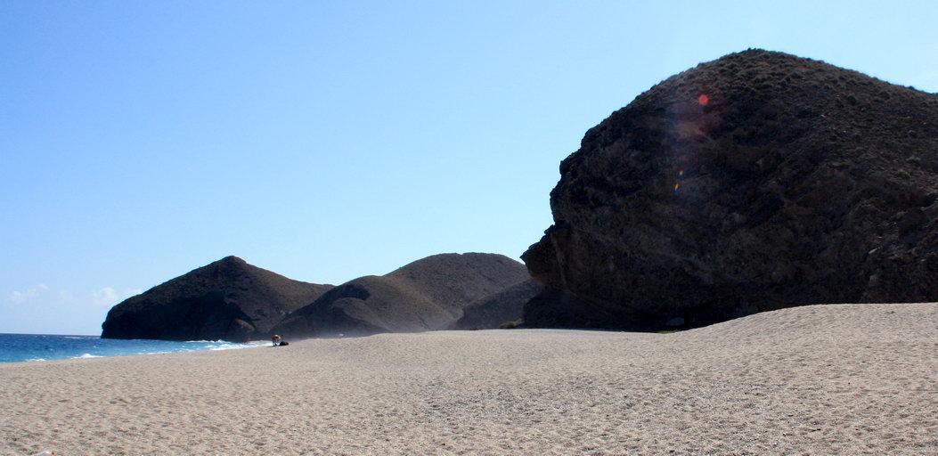 Playa nudista Los Muertos (Cabo de Gata, Almería, Andalucía)