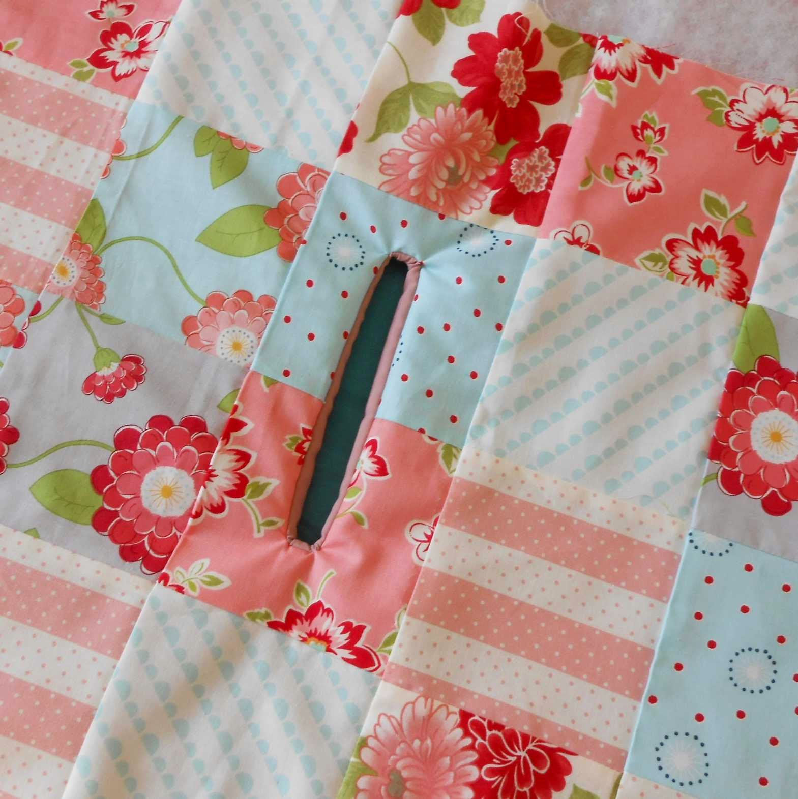 The patchsmith across the pond sewing machine cover the lining is showing through if you gently pull the lining away from the gap as you press the lining will disappear from the front of your cover jeuxipadfo Choice Image