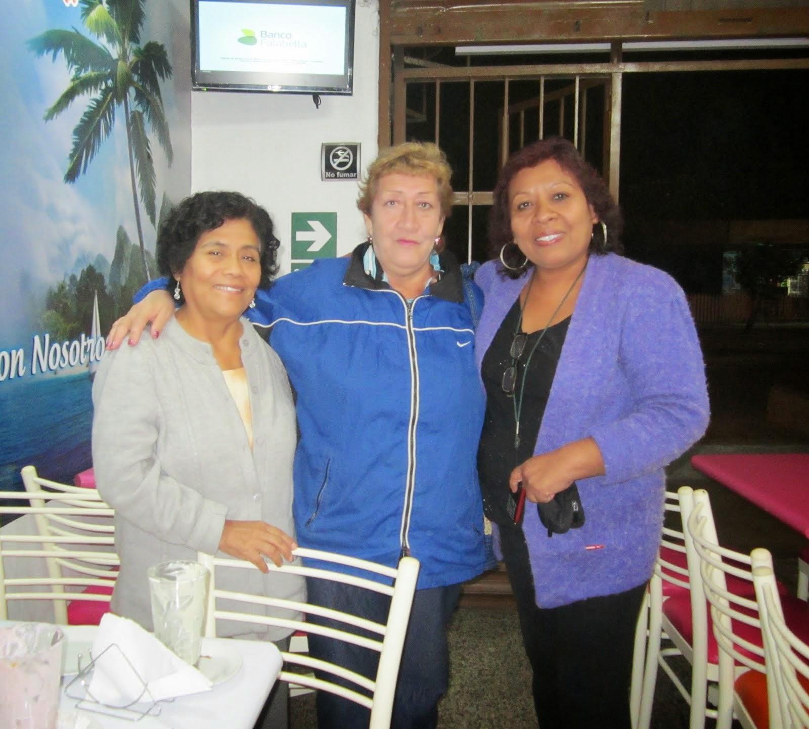 Alida Chauca, Dolores Solórzano y Betty Ramos