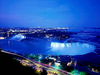 Niagara Falls (Best Honeymoon Destinations In USA) 9