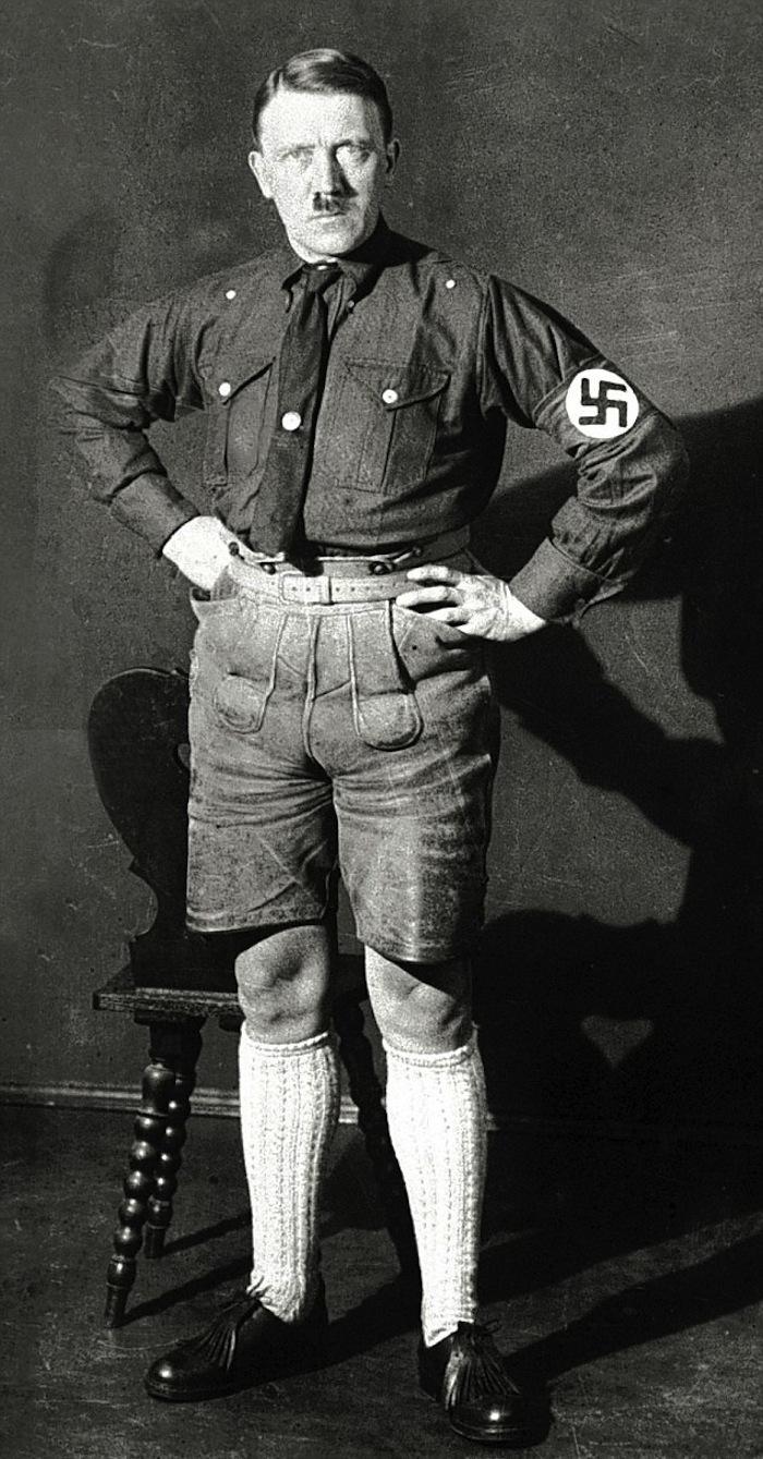 Гитлерjpg - размер: 52,49к