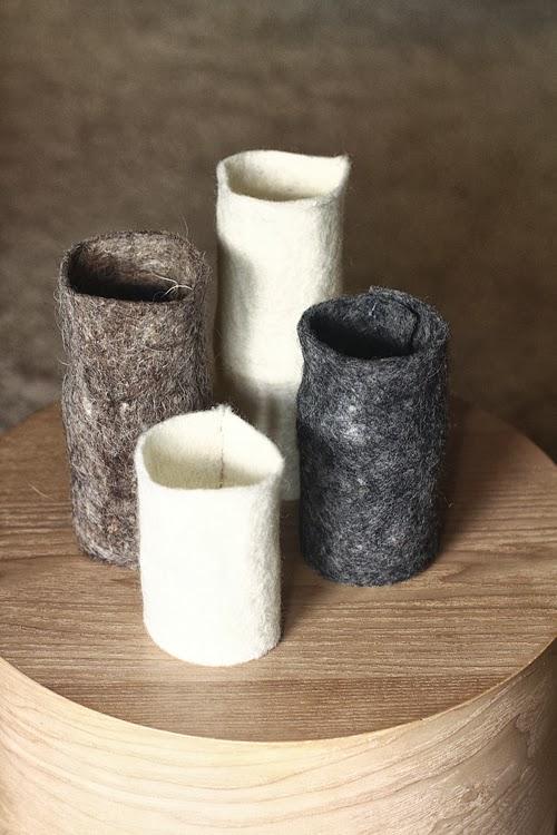 Un DIY sencillo, jarrones con fieltro