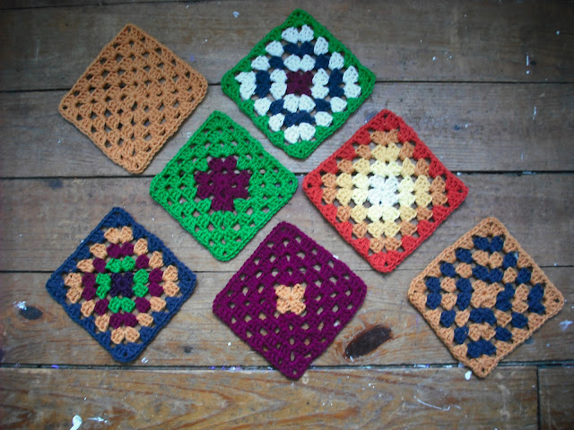Purple Chair Crochet: Granny Square Variation