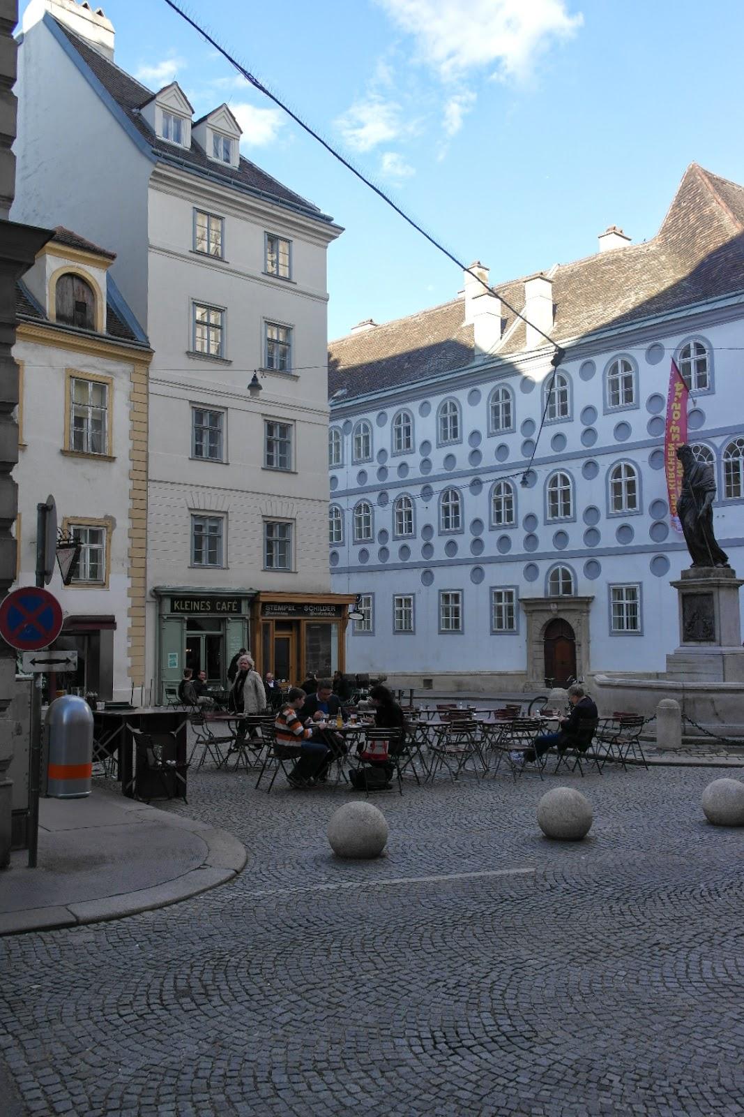 Vienna Cafe Scene