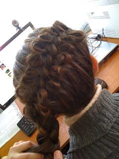 Стильні зачіски