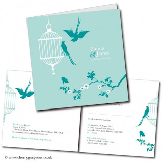 Convites de casamento com pássaros, arvores e flores