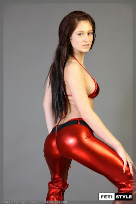 Perfect Spandex Clad Ass on this Hot Brunette
