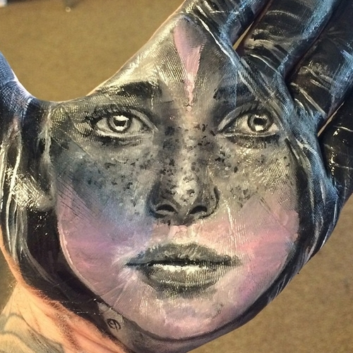 13-Russell-Powell-Hand-Body-Painting-Transferred-to-Paper-www-designstack-co