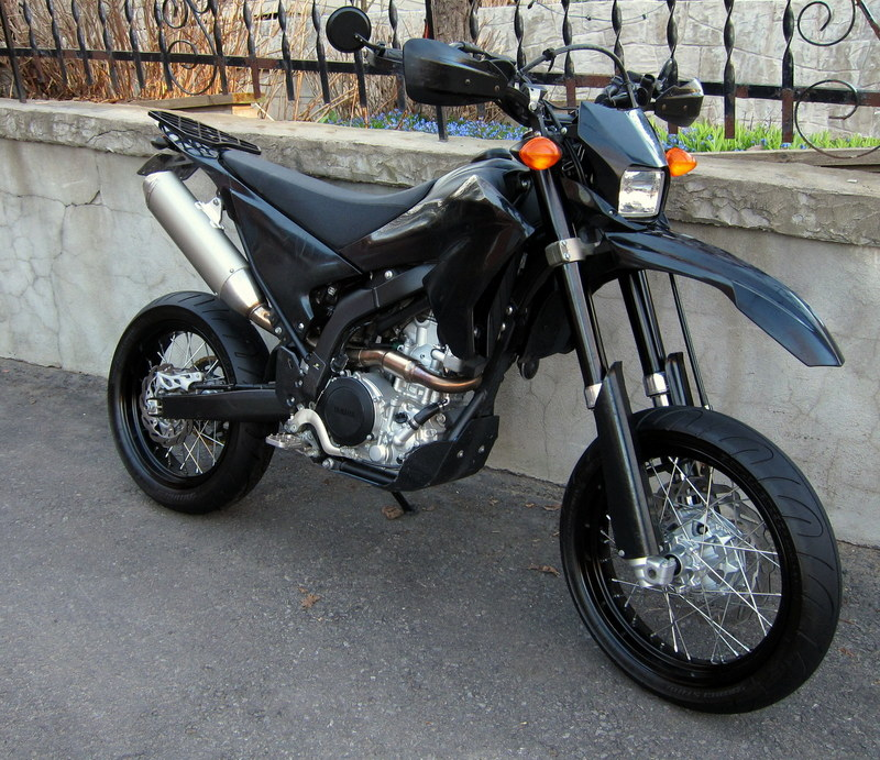 2009 WR250X dressed in street attire