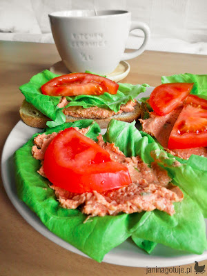 kanapki z makrelą