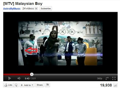 VIDEO MALAYSIAN BOY