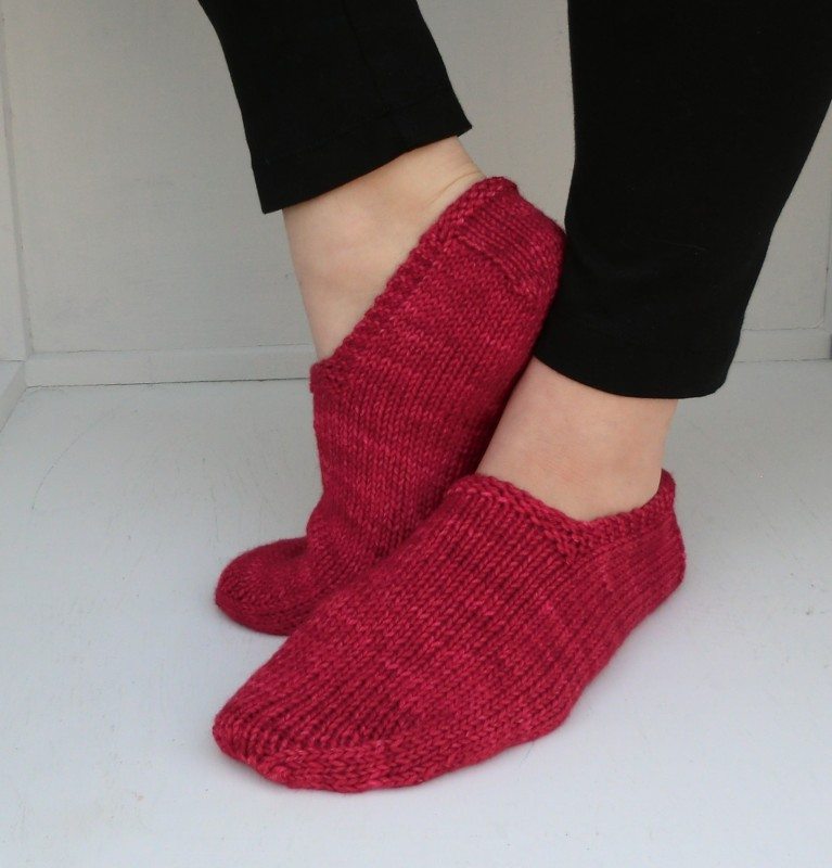 Knitting Patterns Footie Socks : Quirky Bird Knits: Free pattern - Footies!