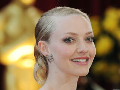 Amanda Seyfried High Quality Wallpaper