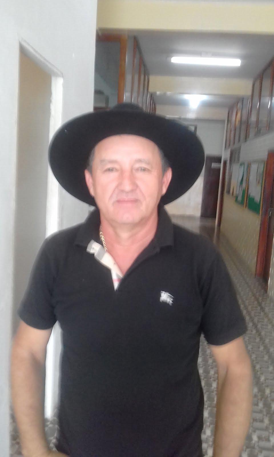 UM DOS MAIS CONSTRUTORES  E INVESTIDOR  NO RAMO DE CONSTRUÇÃO CIVIL