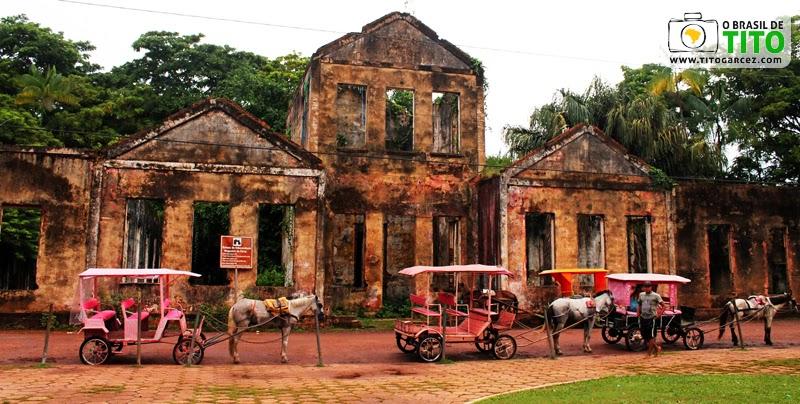 Ruínas da antiga prisão e do Educandário Nogueira de Faria, na ilha de Cotijuba, no Pará