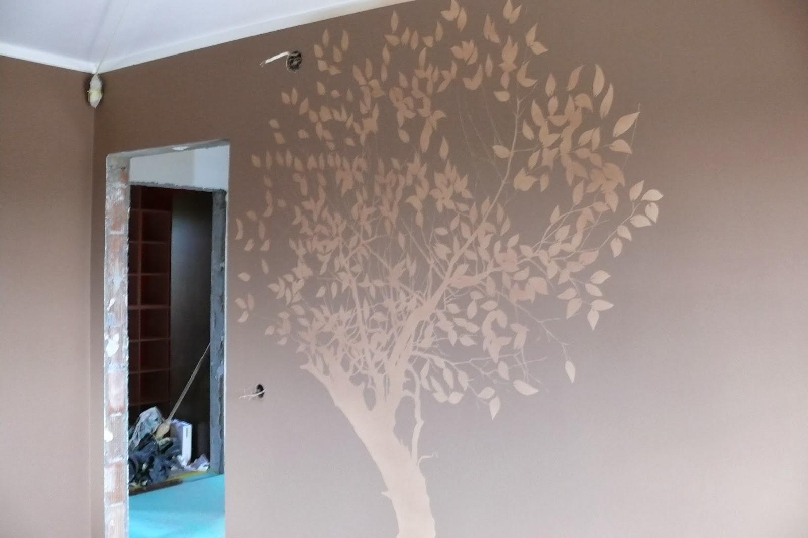 Artystyczne malowanie ściany, motyw drzewa na ścianie, malarstwo artystyczne, warszawa
