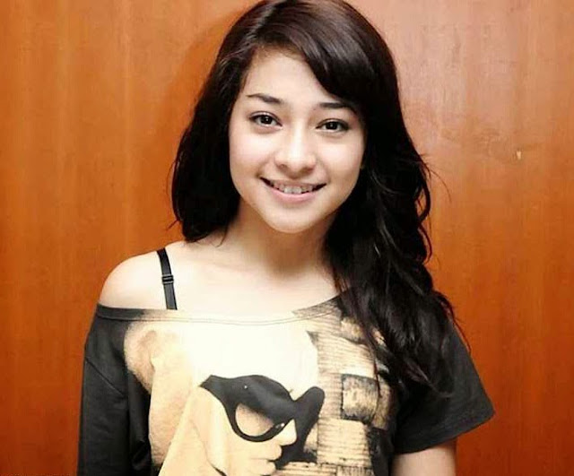 Gambar Nikita Willy