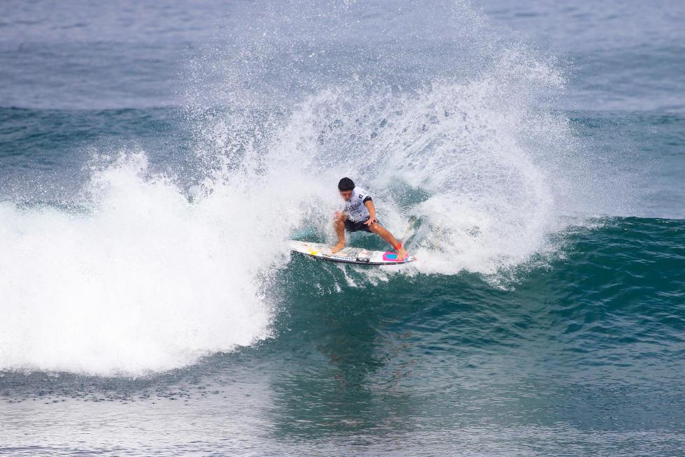 46 Gabriel Medina BRA Hawaiian Pro Triple Corona Fotos WSL tony heff