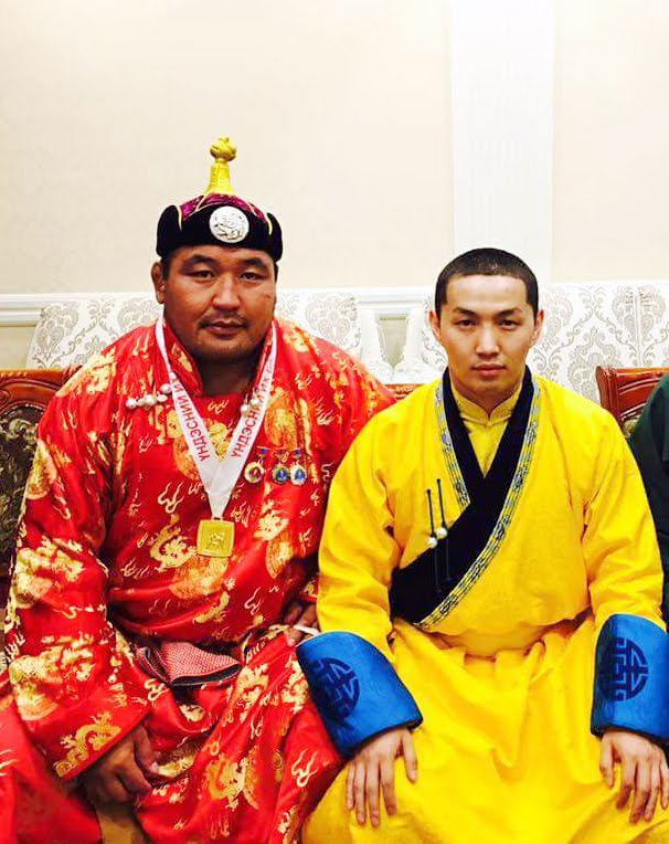 Монголчууд зөнтэй ард түмэн... Ард түмний аварга.