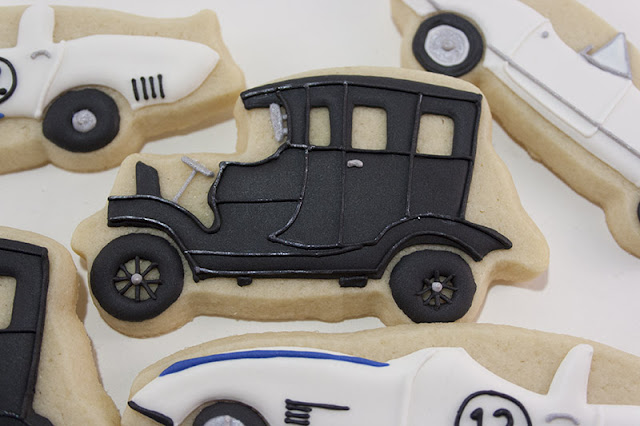 Classic car cookie