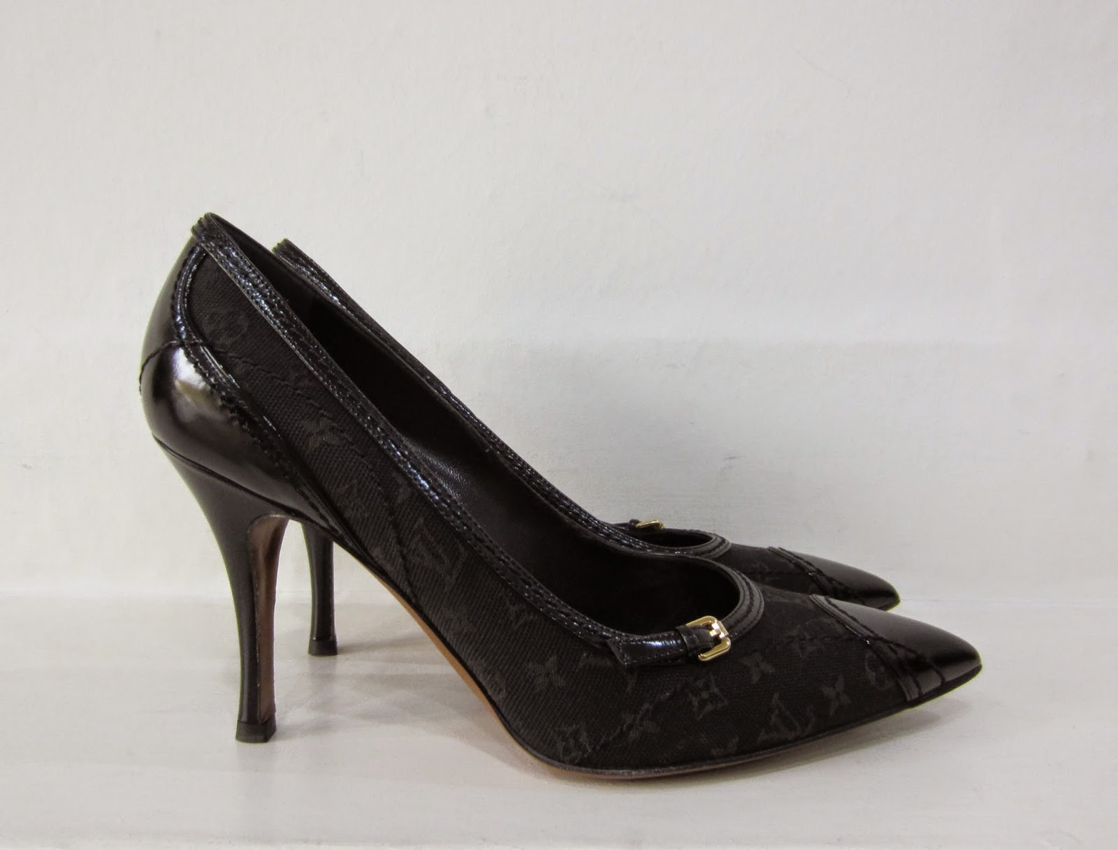 Louis Vuitton Black Fabric Shoes with Leather Trim