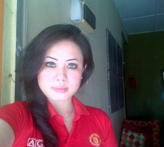 Razlin from Malaysia - A Manchester United Girl