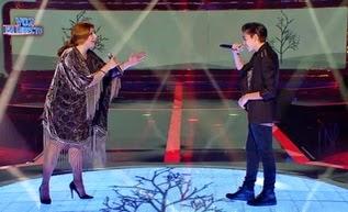 Jose y Mara cantan No me importa nada de Luz Casal