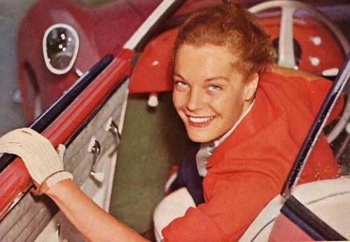 Je cherche de l'aide sur Karmann Ghia jusqu'en 1959 KG-Stars-01a