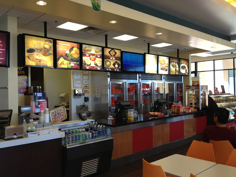Closest  Hour Fast Food Place