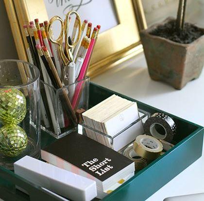 Tabuleiros organizar objetos pessoais, perfumes, cremes, bijiuteria, colares, livros