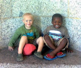 V.l.n.r.: Thabo & Joshua van der Walt