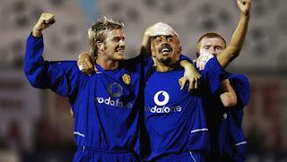 Jersey Manchester United third musim 2002/2003