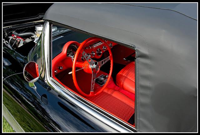 Concours d' Elegance; Automobiles; Classic Cars; Corvette