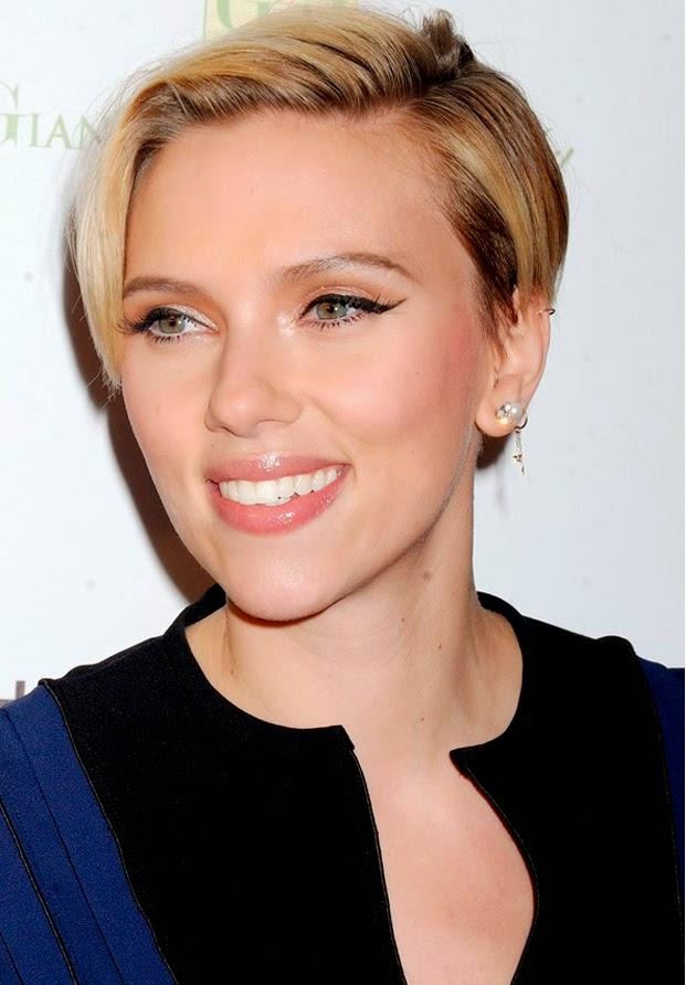 Scarlett Johansson corte de pelo 2015