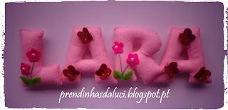 nome em feltro borboletas e flores fofinhas