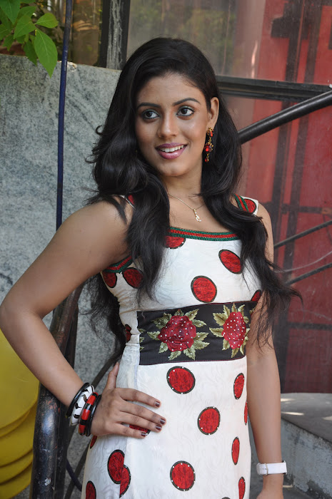 iniya @ mouna guru movie team press meet