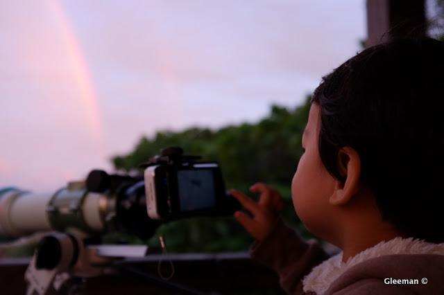彩虹出現了。