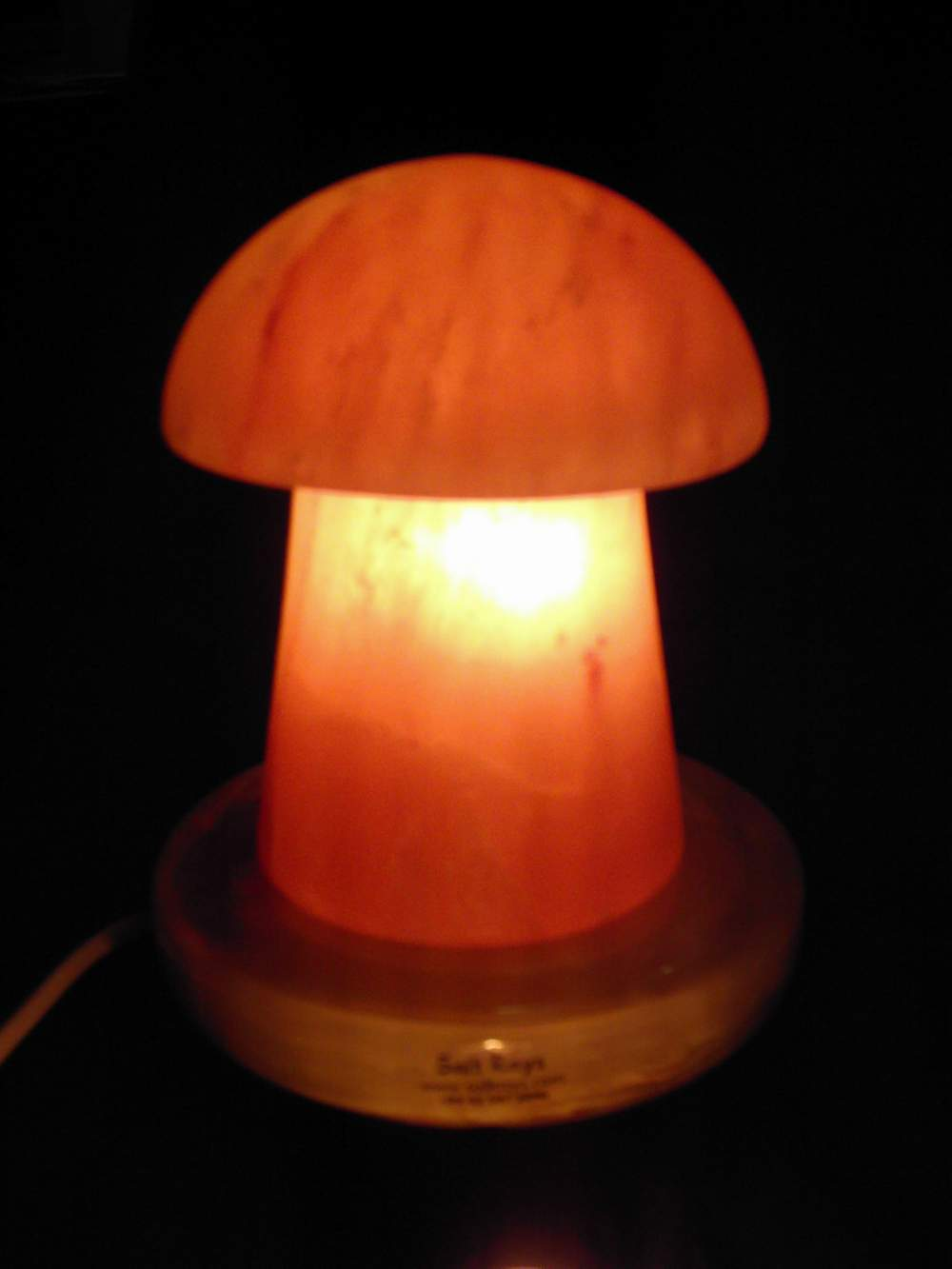 Salt Lamp Red Bulb : Fashion Designing: Salt Lamps and Products: