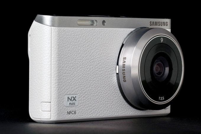 http://funkidos.com/latest-technology/samsung-nx-mini-compact-camera