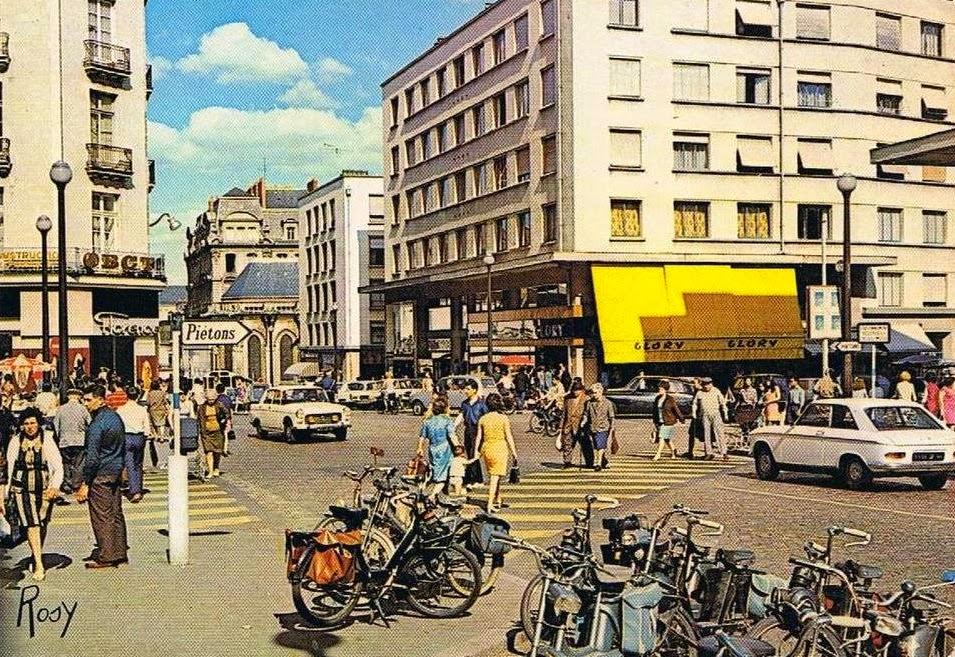 Nantes La Ville D 39 Apr S Guerre Nantes La Rue De Feltre