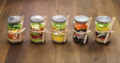 http://blog.myfitnesspal.com/5-easy-quick-steps-to-making-mason-jar-salads/?utm_source=mfp&utm_medium=email&utm_campaign=weekly20150518&mkt_tok=3RkMMJWWfF9wsRokv6XBZKXonjHpfsX56%2B4tXa6wiokz2EFye%2BLIHETpodcMTsZnNK%2BTFAwTG5toziV8R7DBLM153N8QXRTg