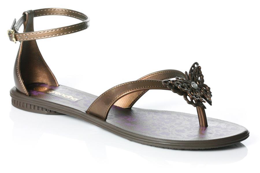 Fashion Ki Dunia Unze Latest Flat Sandals 2013 For Girls